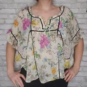 H&M floral ruffle batwing flowy top